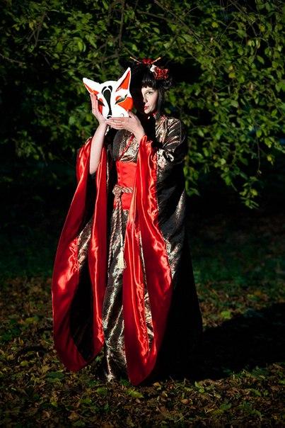 http://deepguard.kiev.ua/wp-content/gallery/prokat-kostumov/kostum-kitsune-1.jpg